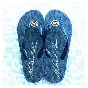 Michael Kors Shoes - 🆕Michael Kors Jet Set Flip Flops
